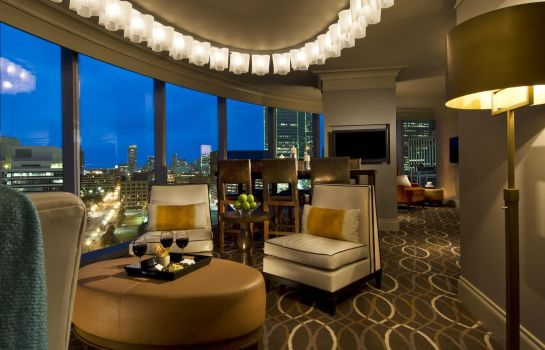 Suite Omni Dallas Hotel
