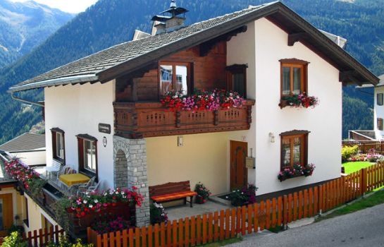 Buitenaanzicht Appartement Hedwig Grimm im Defereggental