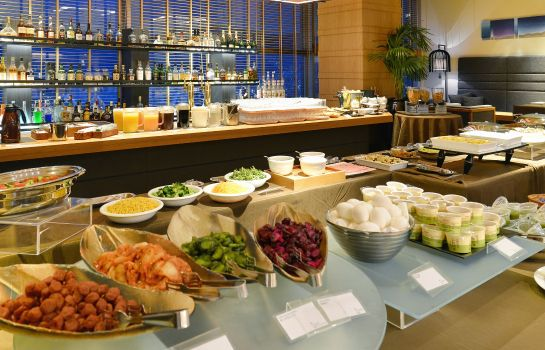 Breakfast buffet Crown palais Kobe