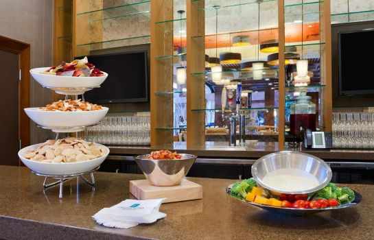 Restaurant Embassy Suites by Hilton Chattanooga Hamilton Place