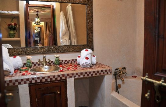 Bathroom Riad Lila