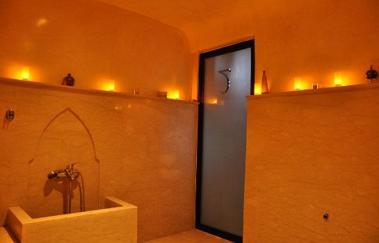 Steam bath Riad Charme d'Orient