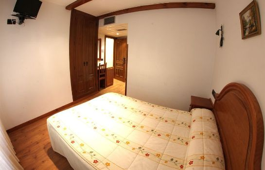 Standard room Hostal Alda Casco Antiguo