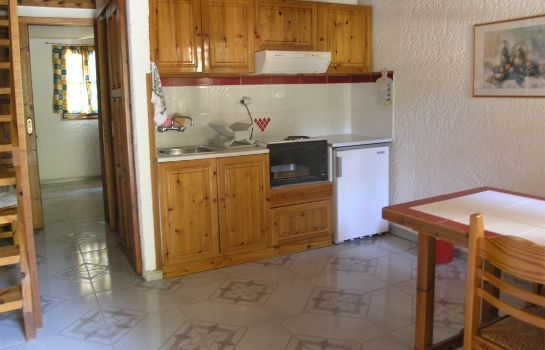 Kitchen in room Olive Tree Cottages