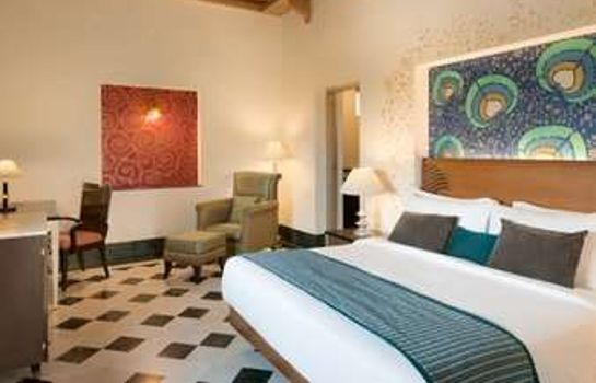 Suite Ramada by Wyndham Udaipur Resort and Spa