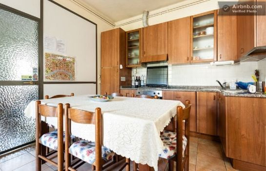 Info Holiday House Ospedale B&B