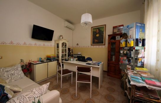 Recepcja Villa Lauda Bed & Breakfast