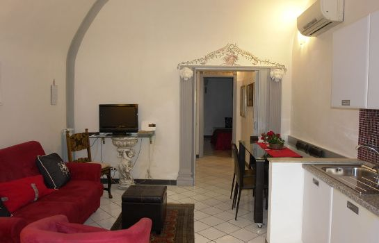 Info Mellini 39 B&B and Apartments