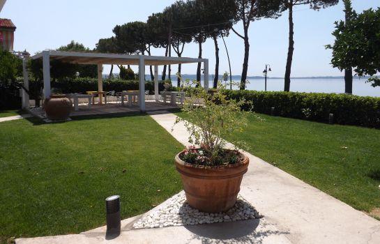 Hotel La Terrazza sul Lago B&B in Trevignano Romano – HOTEL DE