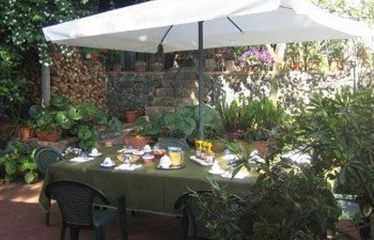 Restaurant Villa Rosa Etna Bed & Breakfast