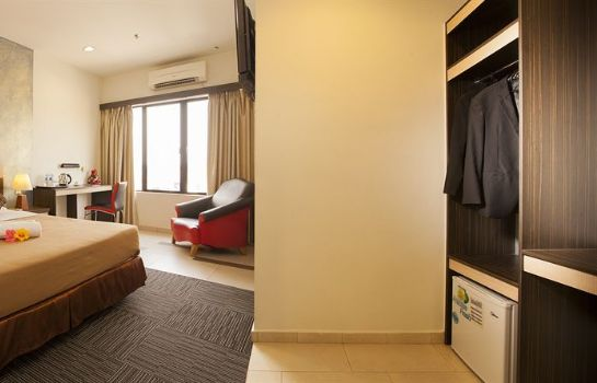 chambre standard Leo Express Hotel