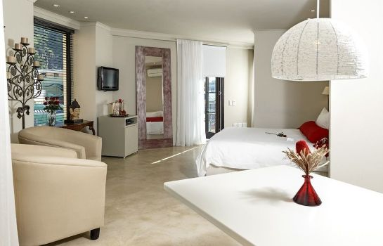 Suite Rouge on Rose Boutique Hotel