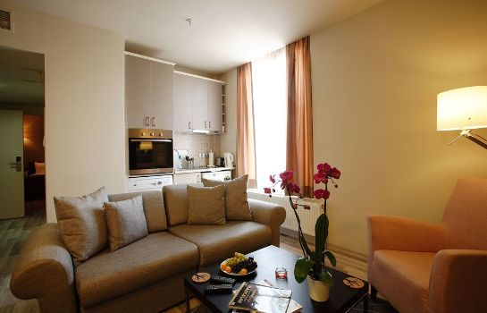 Information Home Stay Home Sisli