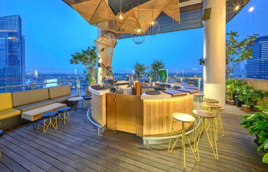 Bar hotelowy all seasons Jakarta Thamrin