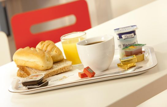Breakfast room PREMIERE CLASSE ROISSY - Aéroport CDG - Le Mesnil Amelot