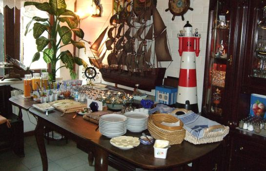 Breakfast buffet Ankes Pension