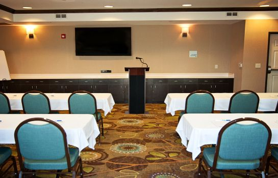Tagungsraum Holiday Inn Express & Suites WICHITA NORTHEAST