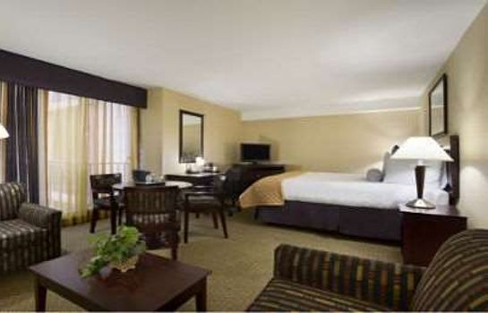 Suite WYNDHAM GARDEN NEWARK AIRPORT