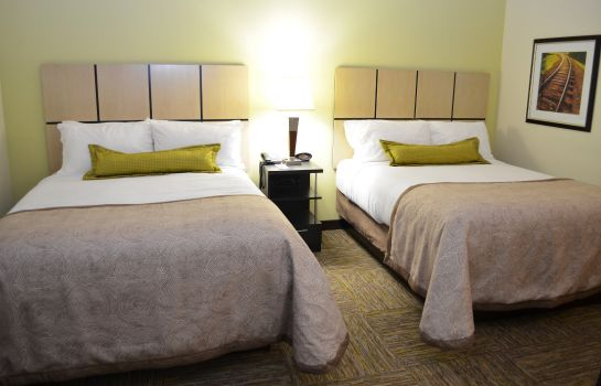 Zimmer Candlewood Suites GREENVILLE