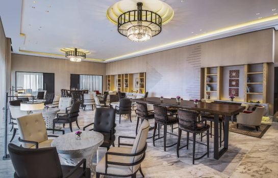 Bar hotelowy Keraton at The Plaza a Luxury Collection Hotel Jakarta