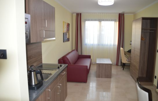 Suite Naam Apartments