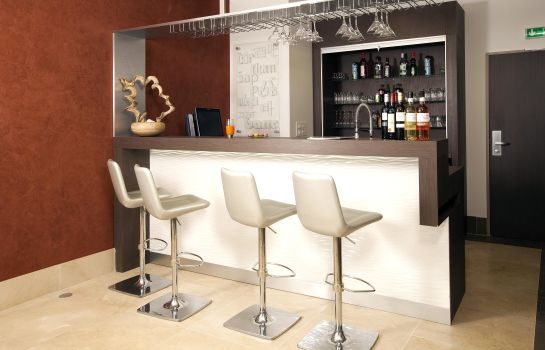 Bar hotelowy Residhome Issy Les Moulineaux