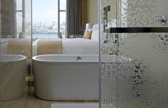 Single room (superior) Langham Place Guangzhou