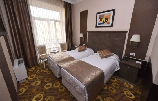 Double room (standard) Imperial Palace Hotel