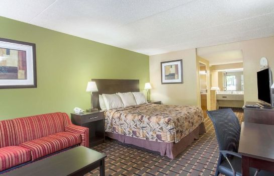Standard room Knights Inn Lenoir City