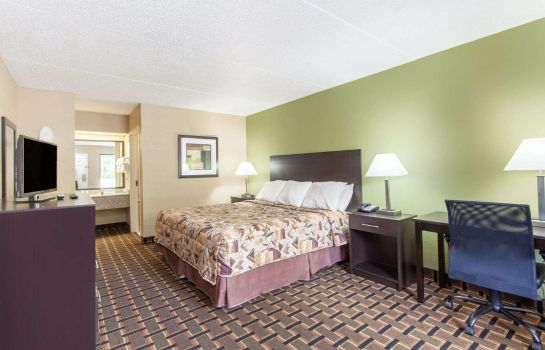 Room KNIGHTS INN LENOIR CITY TN