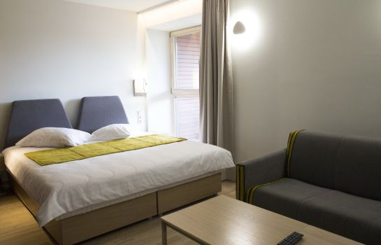 Double room (standard) Amberton Green Apartments