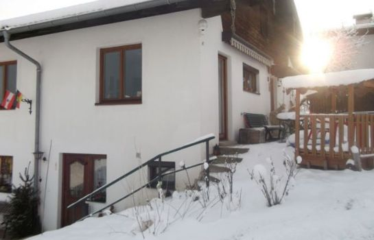 Außenansicht Apartment Tirol/Fewo Maria & Luis Pension
