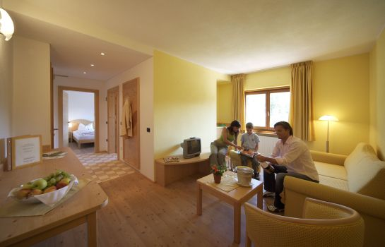 Junior Suite Dolomiten Ski & Bike Hotel