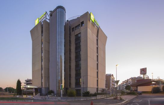 Außenansicht Holiday Inn Express ROME - EAST