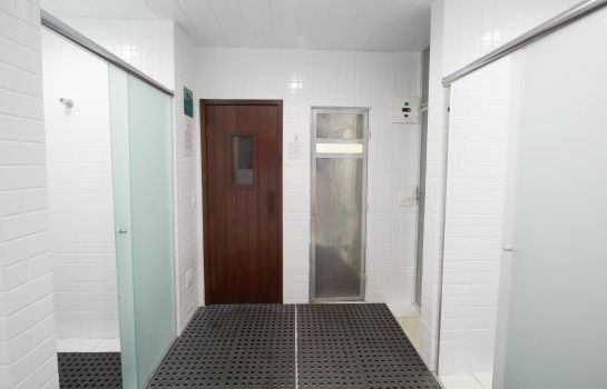 Sauna Bristol International Airport Hotel
