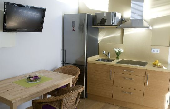 Kitchen in room Life Apartments Quintana