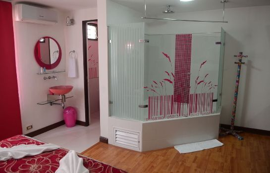 Bathroom Kolor Hotel Boutique