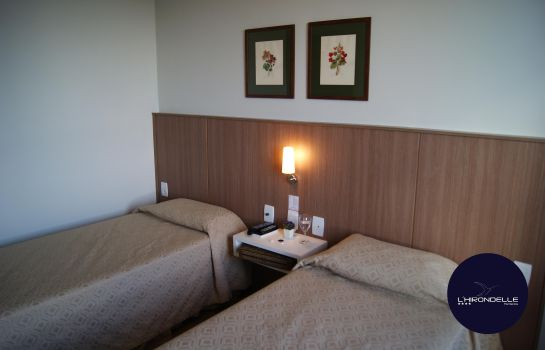 Double room (superior) L'Hirondelle Flat Service
