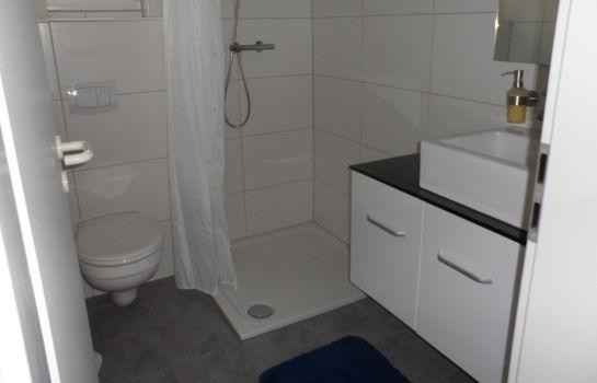 Buntes Badezimmer | Hotel Buntes Moor Grasberg Gunstig Bei Hotel De
