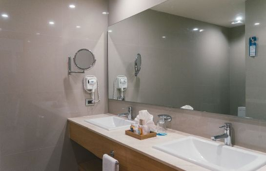 Bathroom Hotel NYX Cancun