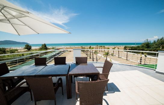 Terrasse Medea Beach Resort