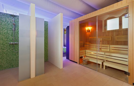 Sauna At the Park Hotel