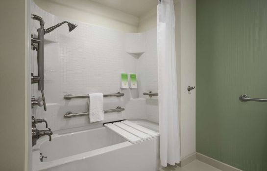 Zimmer Home2 Suites by Hilton Philadelphia - Convention Center PA