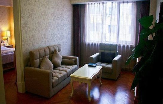 Suite Quality Hotel Huludao Domestic only