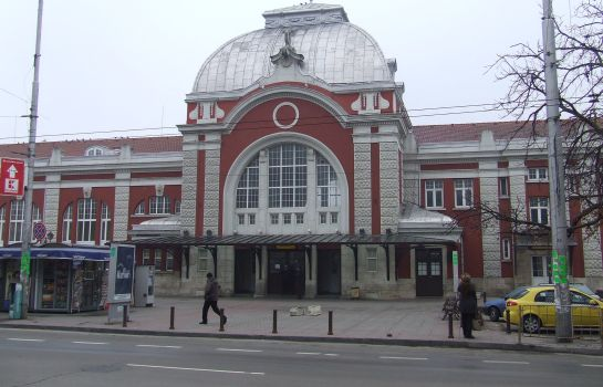Otoczenie Varnaflats EU - The Central Railway Station