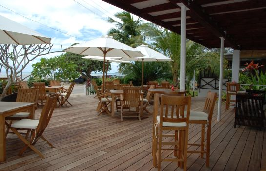 Taras Seaview Lodge and Restaurant