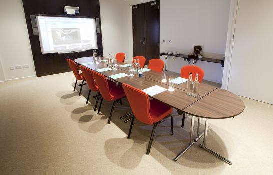 Meeting room Dorsett Shepherds Bush