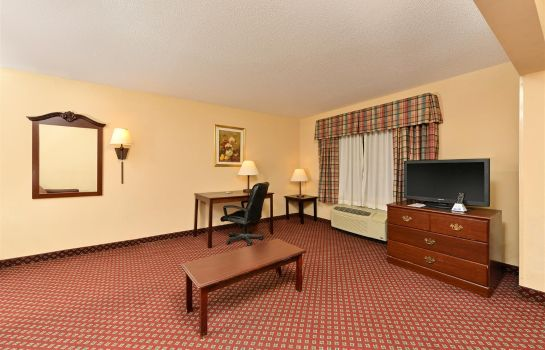 Suite Americas Best Value Inn and Suites Augusta Garden City