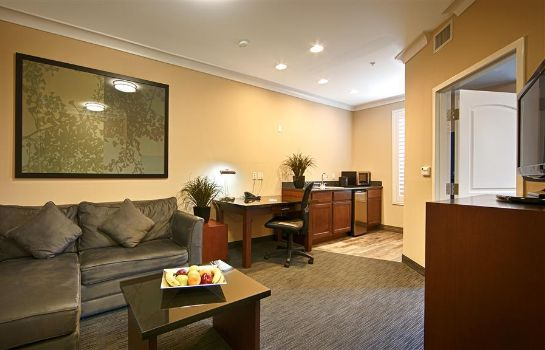 Zimmer BEST WESTERN PLUS AVITA SUITES