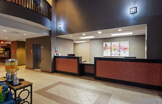 Hotelhalle Best Western Plus Austin Airport Inn & Suites